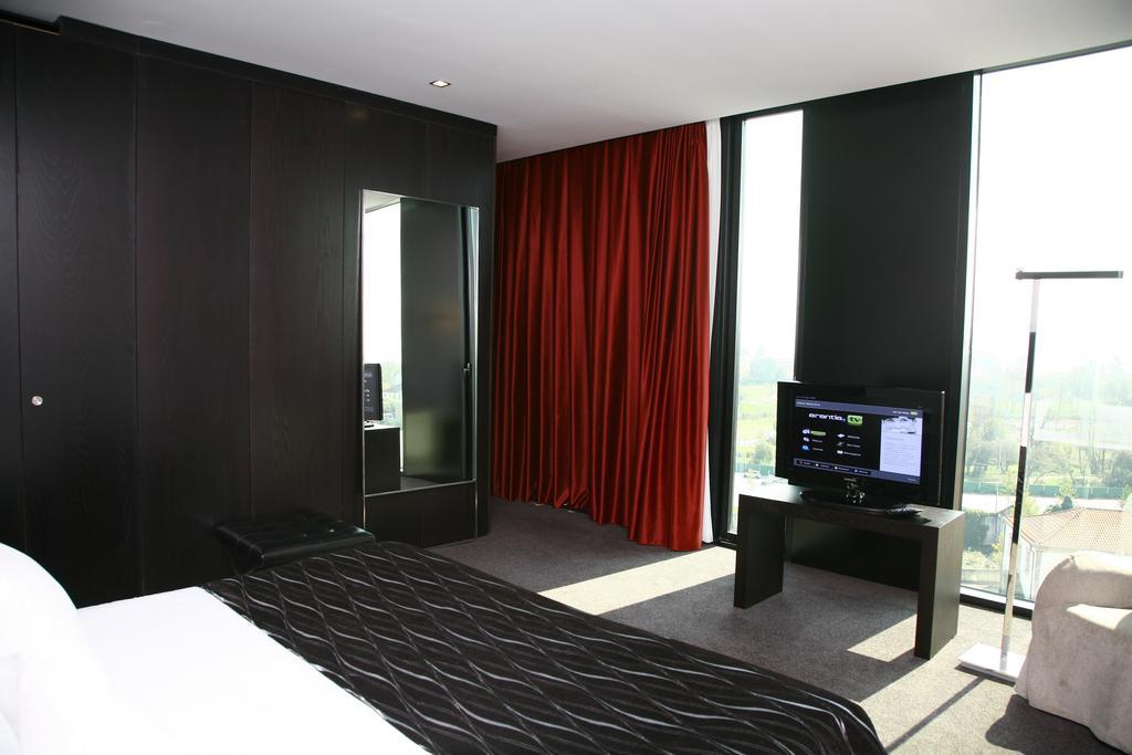 axis-viana-bussines-spa 1606