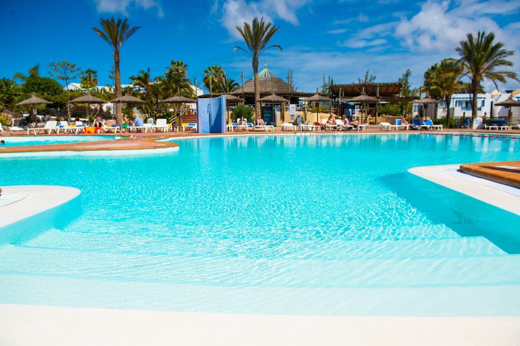 hl-paradise-island 3805