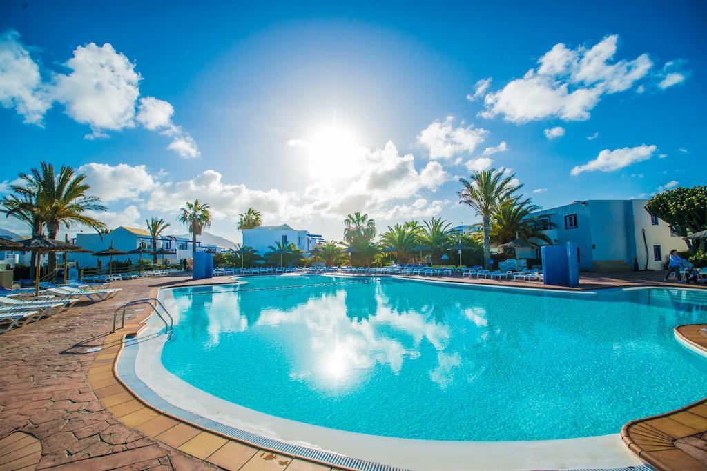 hl-paradise-island 3835
