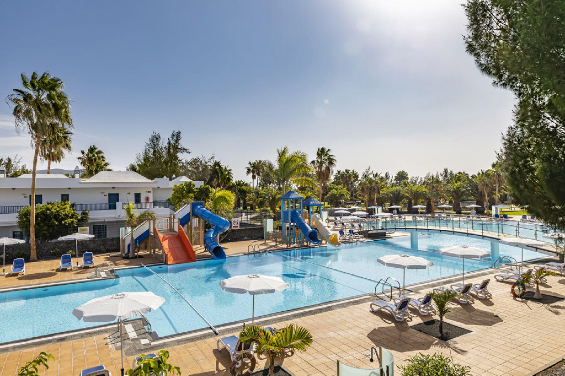 thb-tropical-island-hotel 3925
