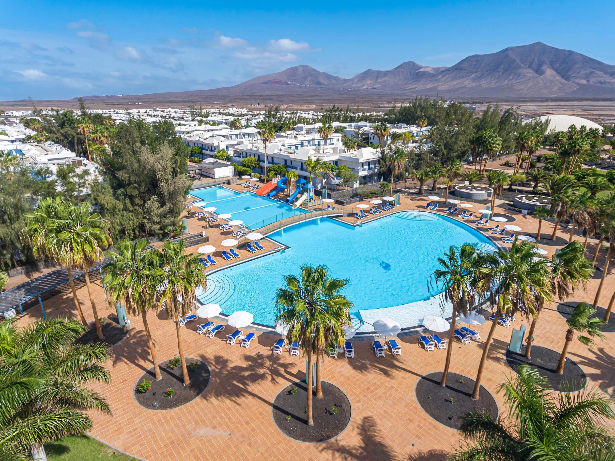 thb-tropical-island-hotel 3932
