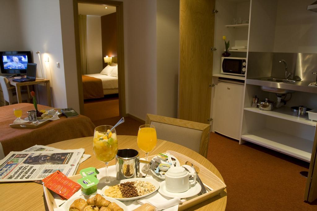paredes-hotel-apartamento 4150