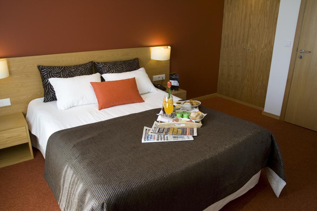 paredes-hotel-apartamento 4157