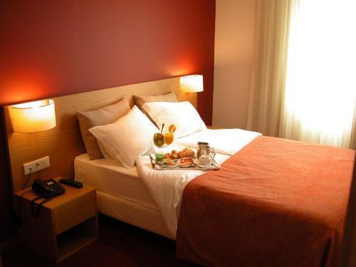 paredes-hotel-apartamento 4167