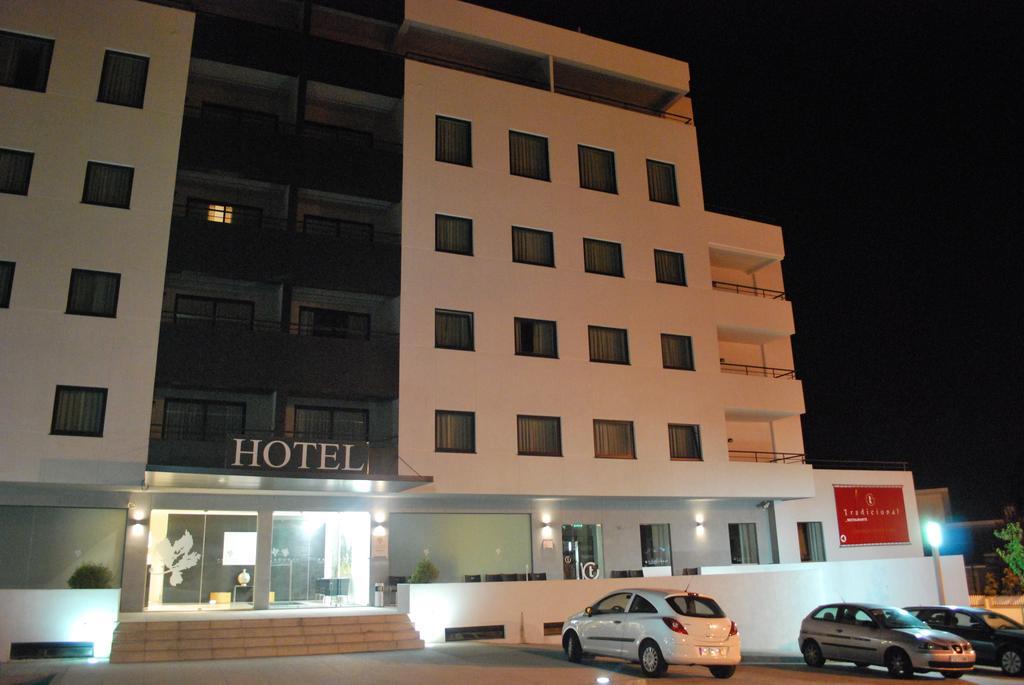 paredes-hotel-apartamento 5618