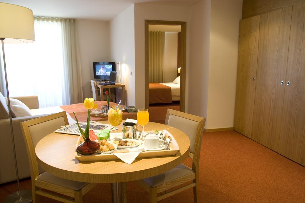 paredes-hotel-apartamento 5626